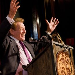 Jerry Stiller accepting honor at benefit for HB Studio, provider of acting classes in NYC