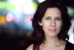 Headshot of actor Jessica Hecht