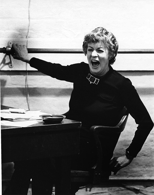 Photograph of actor/teacher Uta Hagen teaching at HB Studio